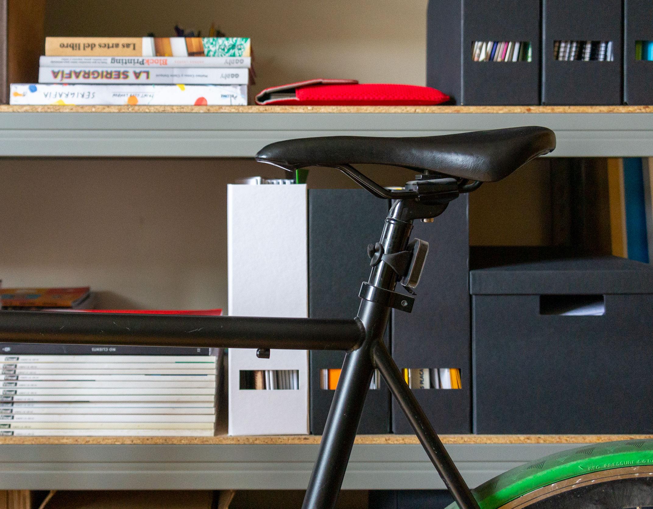 Diseño de interiores_bicicleta_estantería