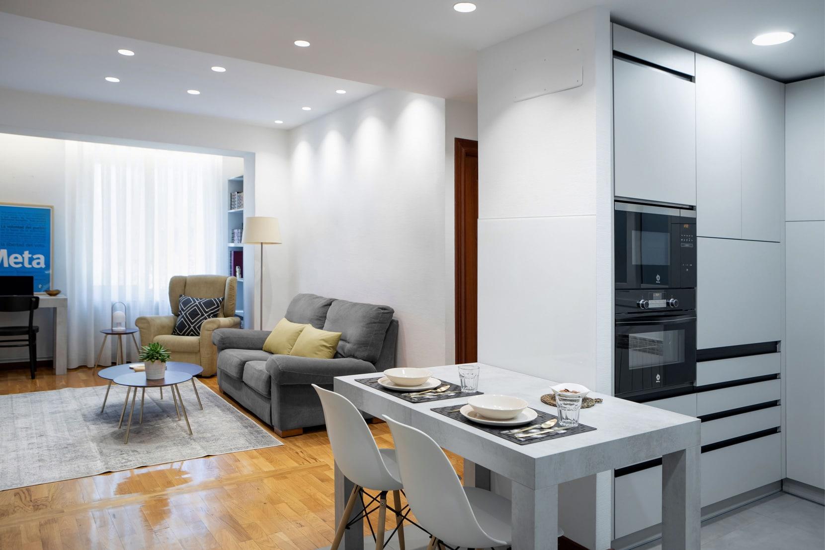salon-cocina-diseno-de-interiores-reforma-vivienda-estudio-marlo-1